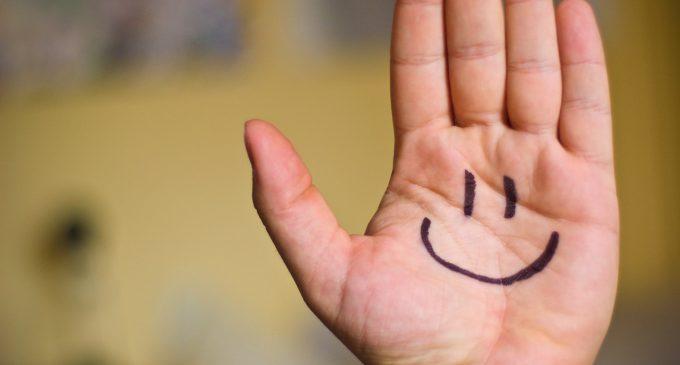Gülünüz…