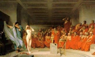 KNİDOS'UN ÖLÜMSÜZ FAHİŞESİ